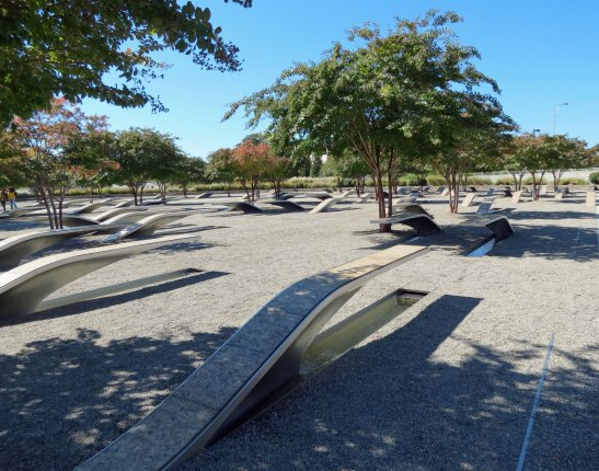 oct 1 c Pentagon 911 memorial (5) copy